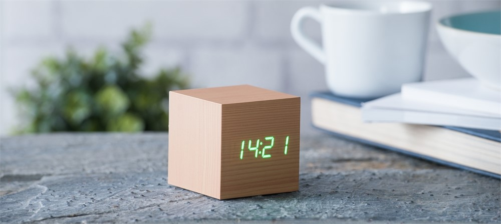 Gingko Cube Clock - Beech