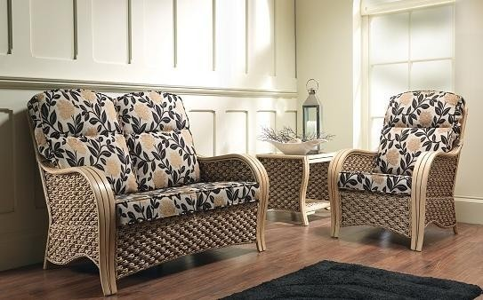 Milan - Cane furniture by Desser