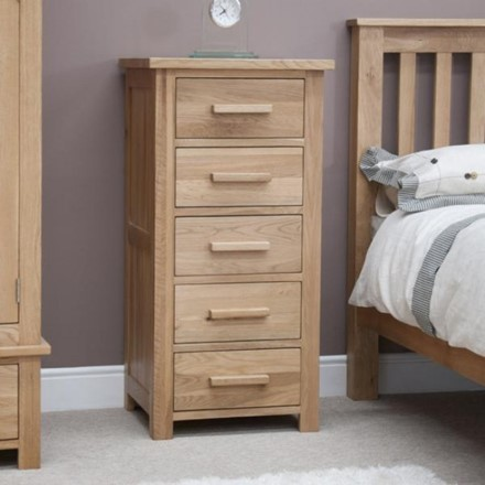 Opus Oak Wellington 5 Drawer Chest.