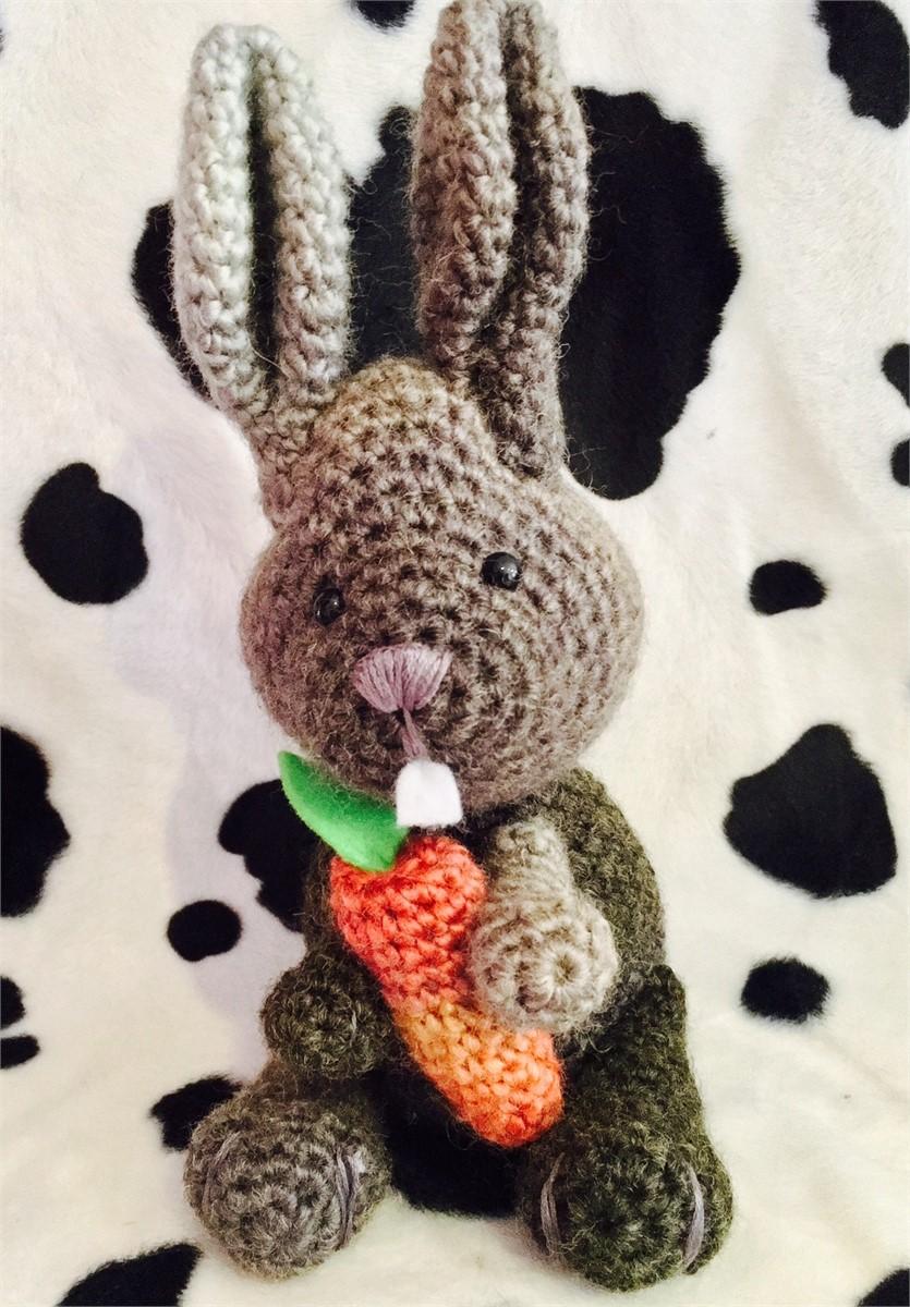 Binky the Rabbit Crochet Pattern/Kit